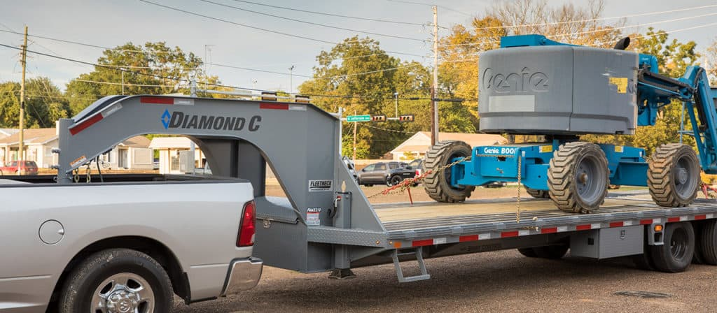 Diamond C - Gooseneck Trailer - FMAX210